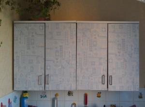 Самоклеющаяся пленка для обновления кухонных полок