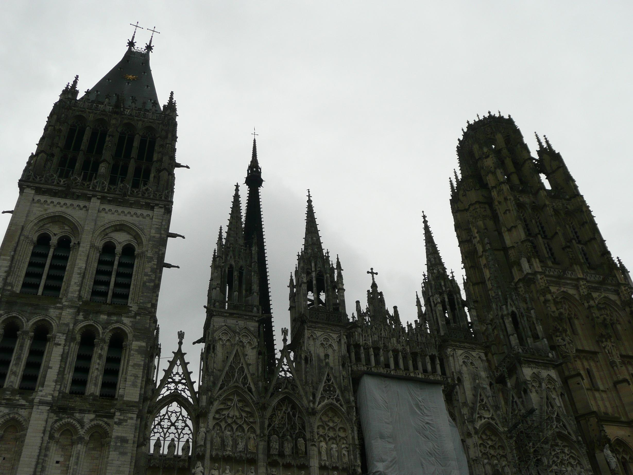 Руанский собор. Шпили