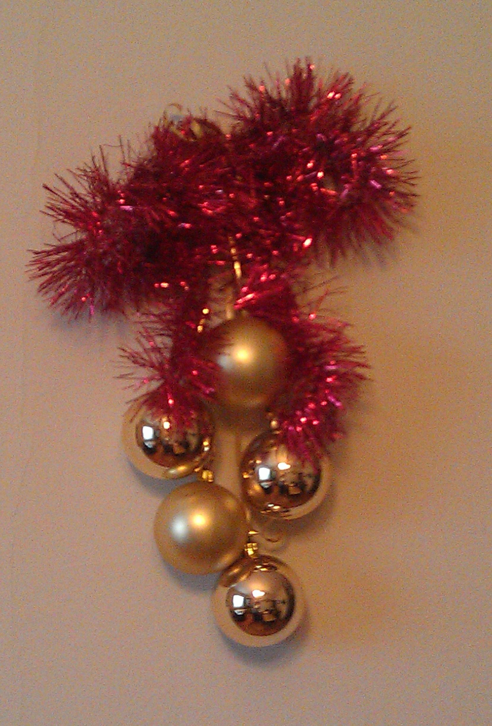 Новогодние украшения на стену 1